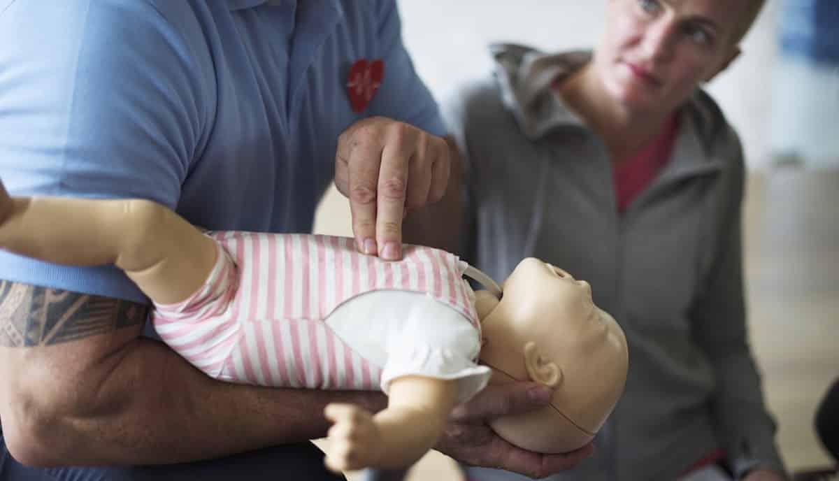 EHBO bij verstikking van een baby