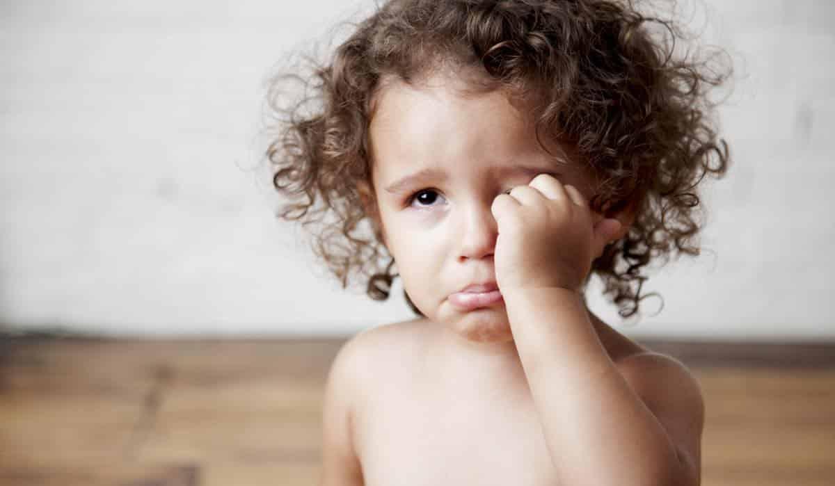 Hoe verdrietig kind troosten