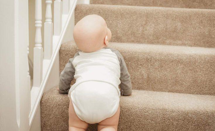 Wat doen als kind van de trap valt