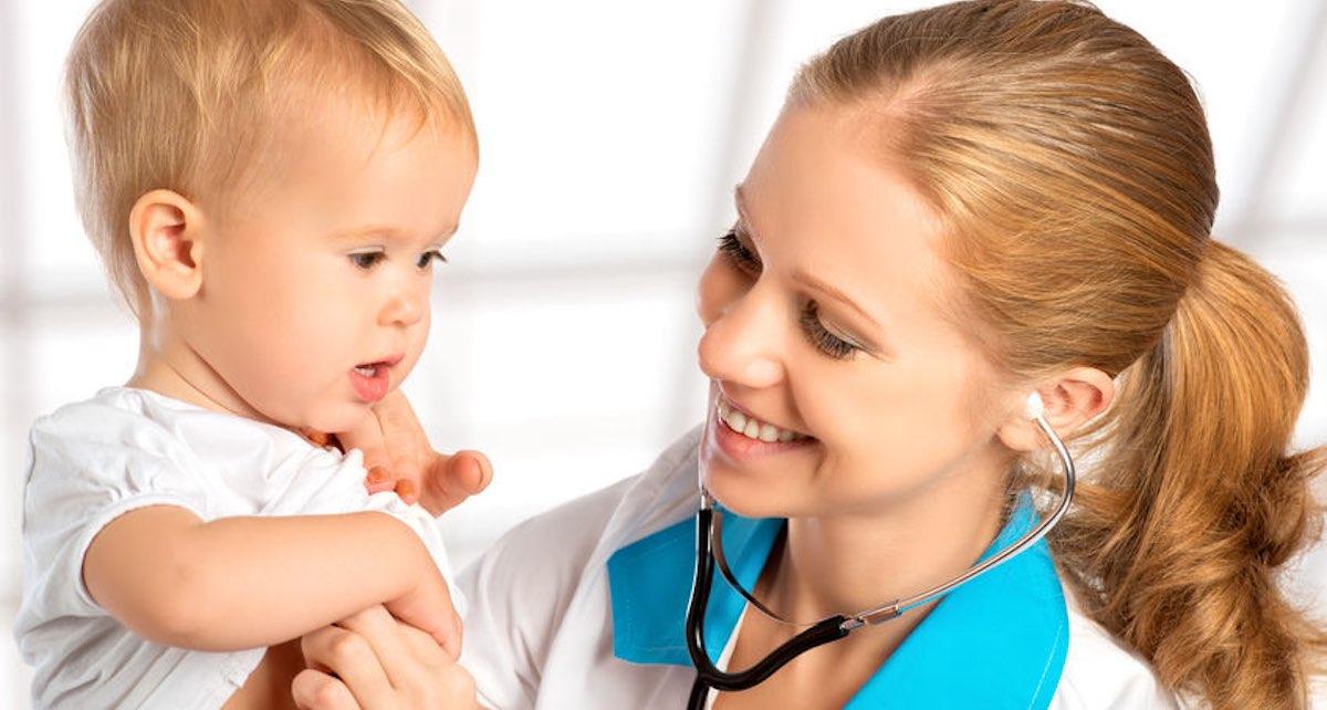 baby keelpijn verzachten