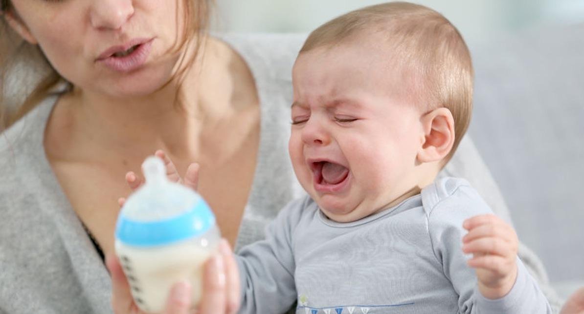 reflux bij een baby spugen voeding