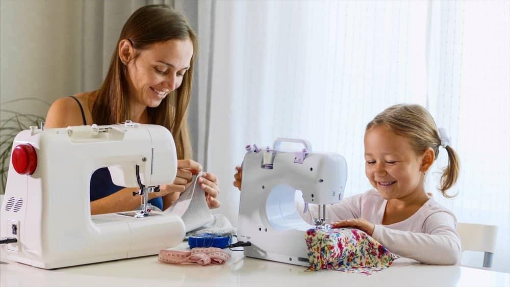 eigen naamlabel babykleding ontwerpen