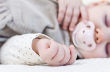 fopspeen kopen pasgeboren baby