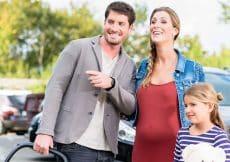 gezinsauto kopen zwangerschap