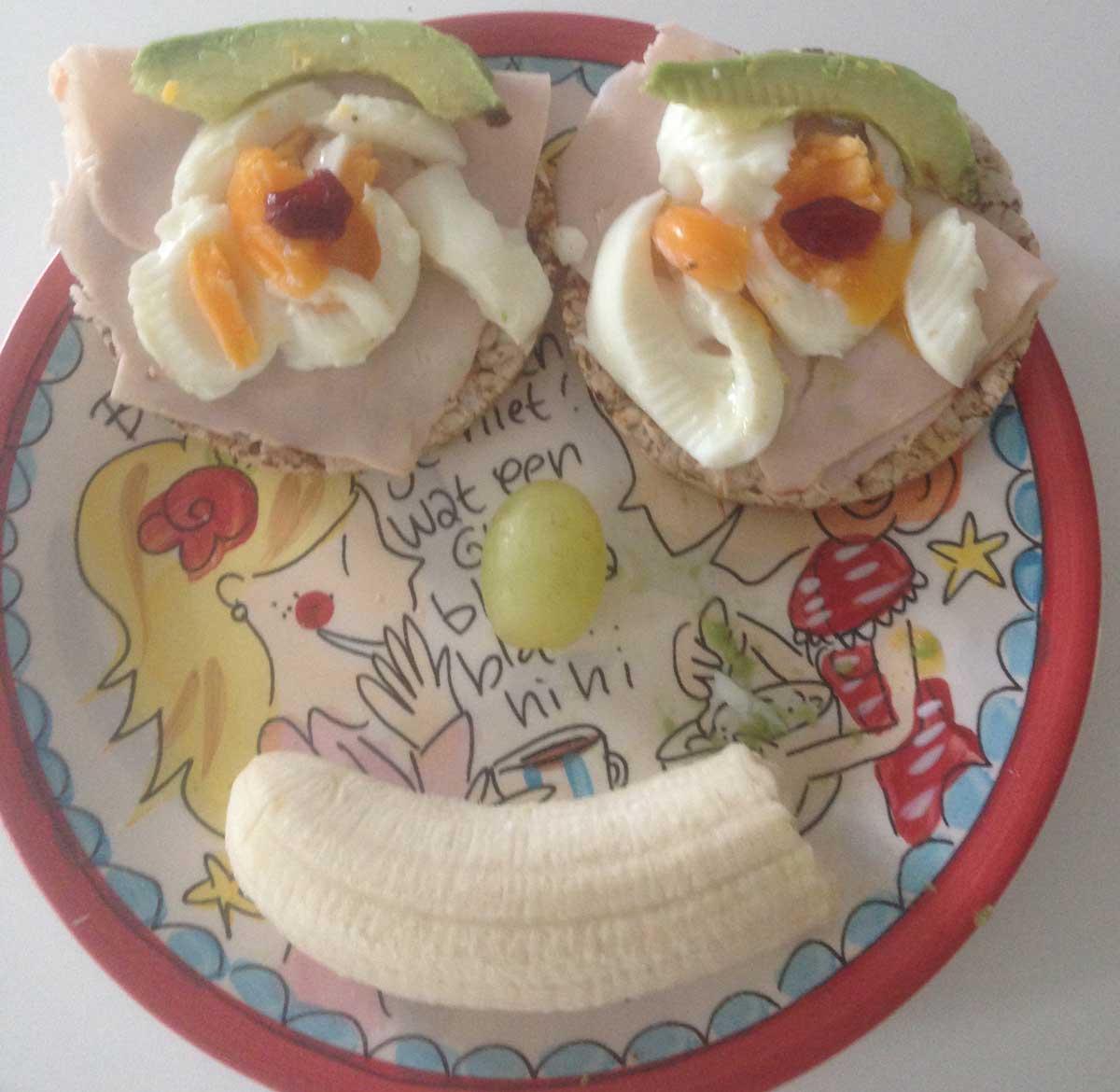 gezond broodbeleg fruit op brood