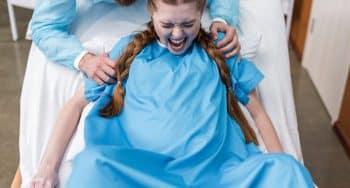 poepen tijdens bevalling normaal