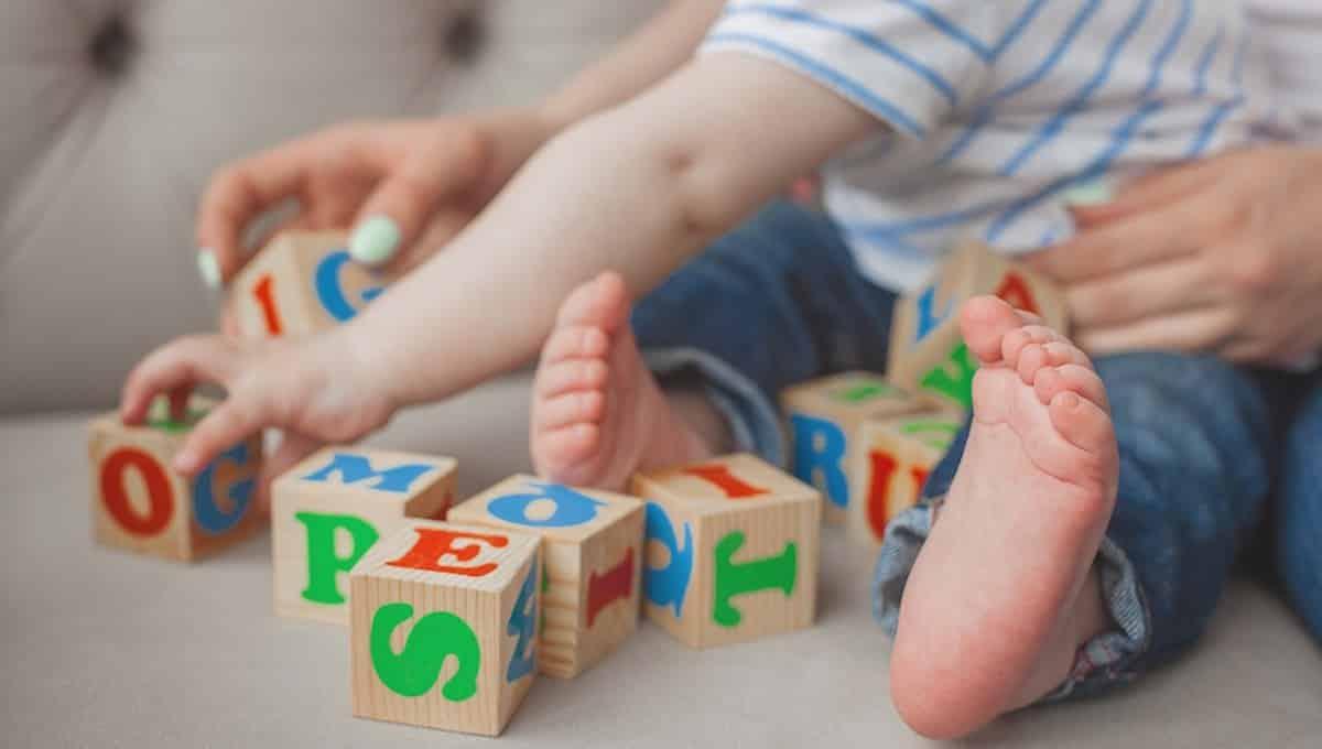 spelen met baby 9 maanden