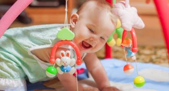 stimulerend speelgoed voor de baby