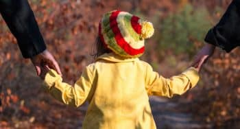 tips activiteiten doen met een peuter in het bos