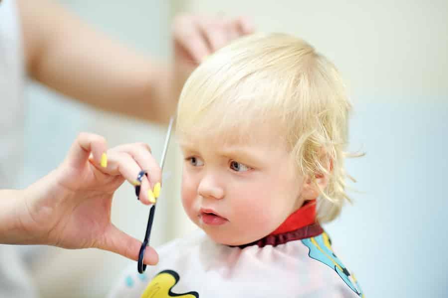 tips bij het haren knippen van je kind