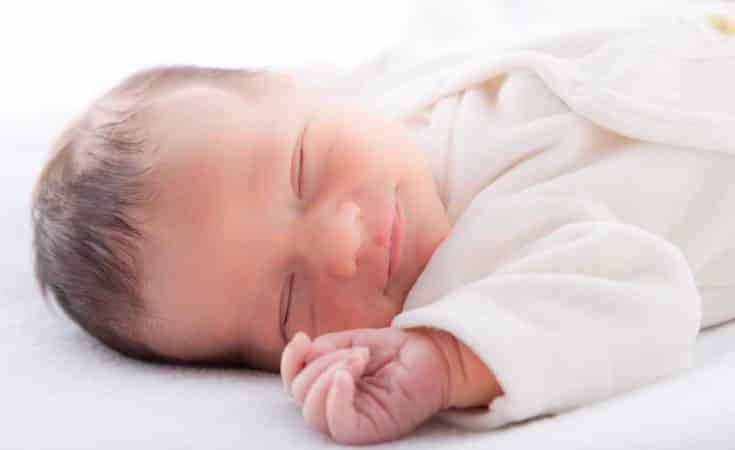 tips om baby laten doorslapen