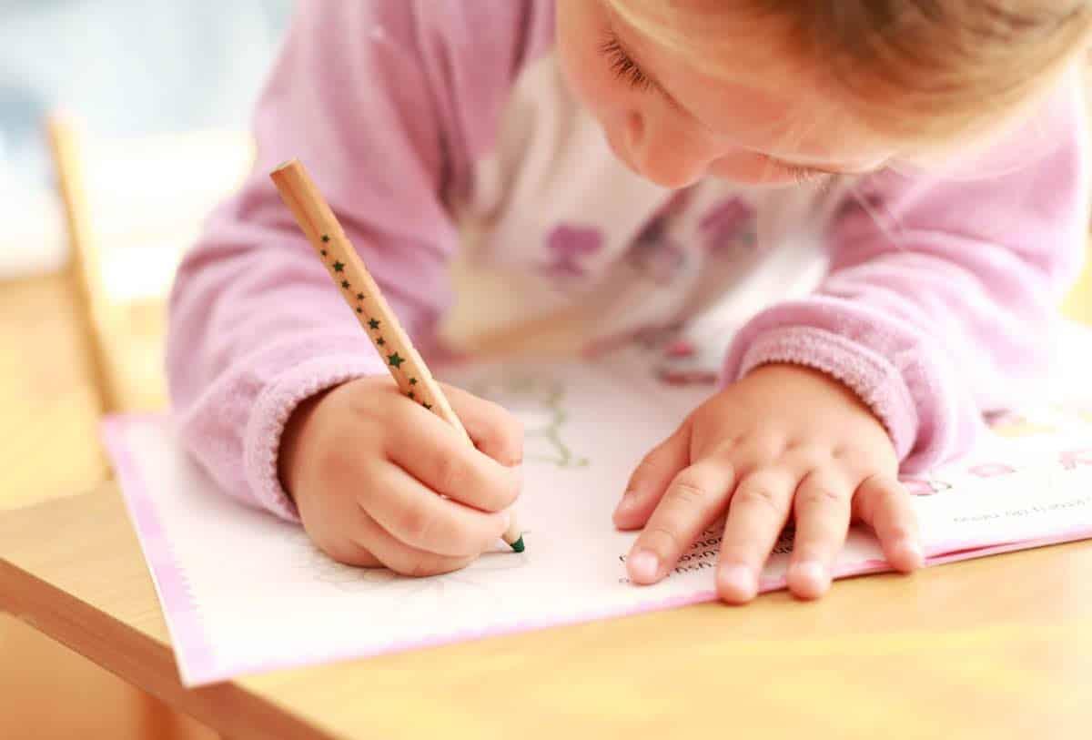 tips om thuis lesgeven aan kleuter leuker maken