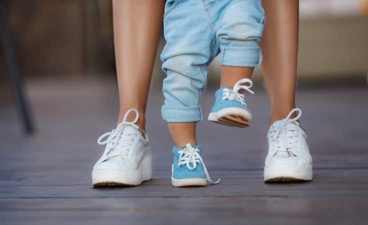 tips voor eerste babyschoenen voor de eerste stapjes