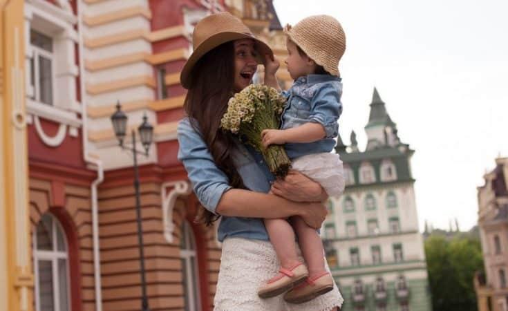 twinnen met kind met zelfde kleding