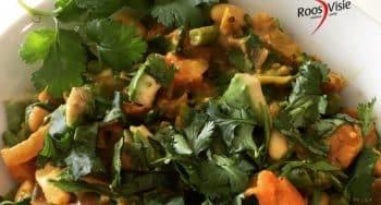 vegetarisch recept Zoete aardappel met cannellinibonen en rucola