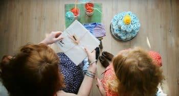 vriendenboekje leuk kado zwangere vriendin collega