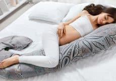 wat is een veilige slaaphouding als je zwanger bent