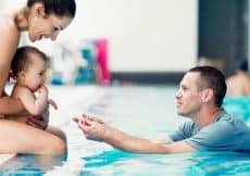 wat meenemen als je gaat zwemmen met de baby
