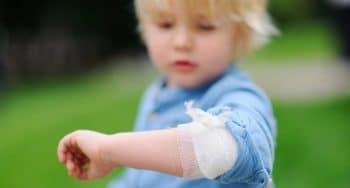welke EHBO spullen met kleine kinderen